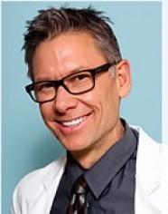 L_69451_Dr.-Brent-Moelleken-MD-FACS-Plastic-Surgeon-in-Beverly-Hills-Santa-Barbara.jpg